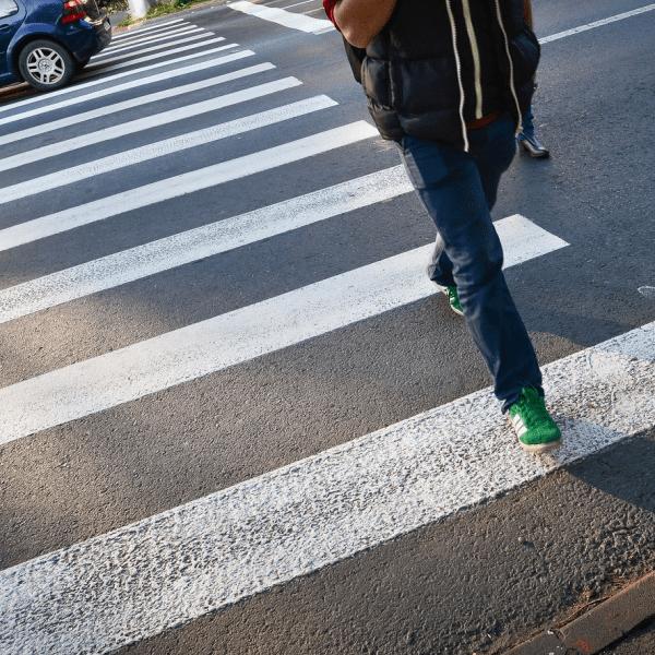 Alba Iulia – Au început lucrările de modificare a unei treceri de pietoni de pe bulevardul Republicii