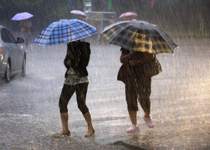 ANM – Avertizare de instabilitate atmosferică accentuată, intensificări ale vântului și averse de ploaie