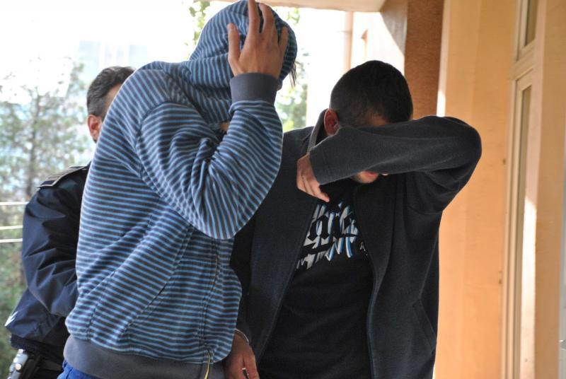 Doi bărbați urmăriți internaţional pentru furt au fost prinși de polițiști din cadrul IPJ Alba