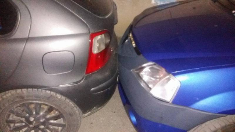 Cugir – Un șofer băut bine a acroșat o mașină când a încercat să parcheze pe strada Constructorului din localitate