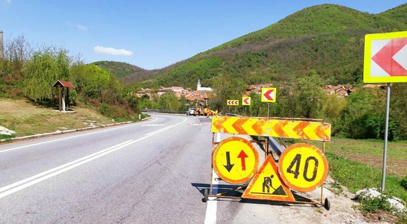 Atenție șoferi! Circulație restricționată pe drumul comunal Ighiu-Țelna