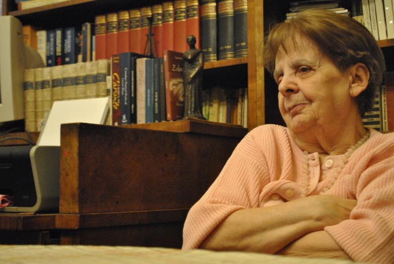 "Doamna Dorli Blaga a fost distinsă cu Premiul Special ""Lucian Blaga"" al Academiei Române"