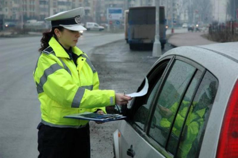 Amenzi de aproape 72.000 de lei date de polițiștii din județul Alba între 30 aprilie și 2 mai