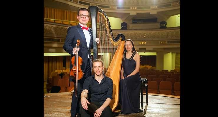 """Marți, 14 mai, Turneul Internațional Stradivarius """"VIVE LA MUSIQUE !"""" poposește la Centrul Cultural """"Lucian Blaga"""" din Sebeș"""