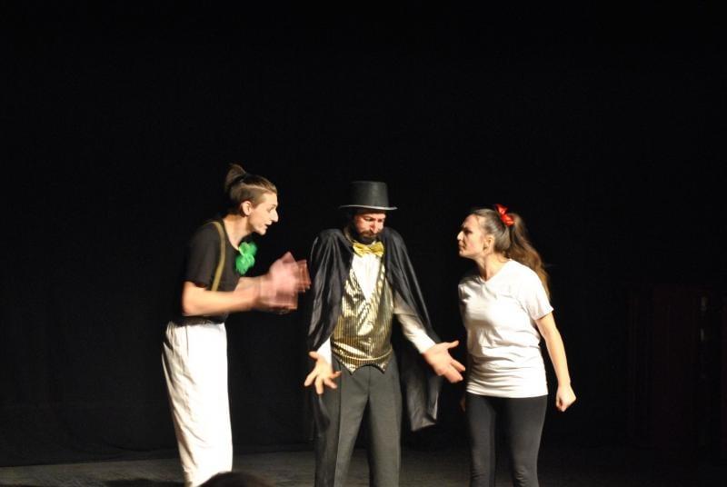 Teatrul Skepsis reprezintă Alba Iulia la două festivaluri internaţionale!