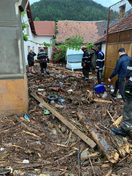 Situația actualizată a localităților din județul Alba afectate de inundațiile din 1 iunie