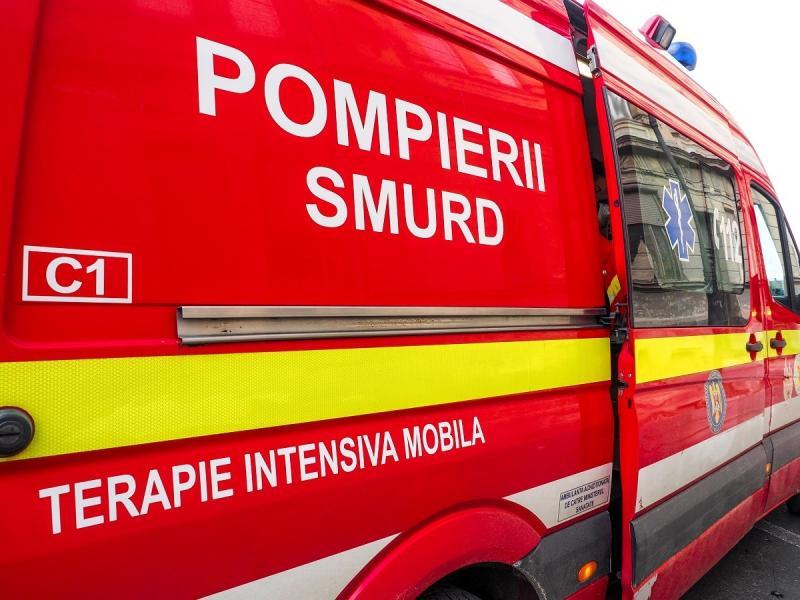 ISU Alba a primit două ambulanțe noi