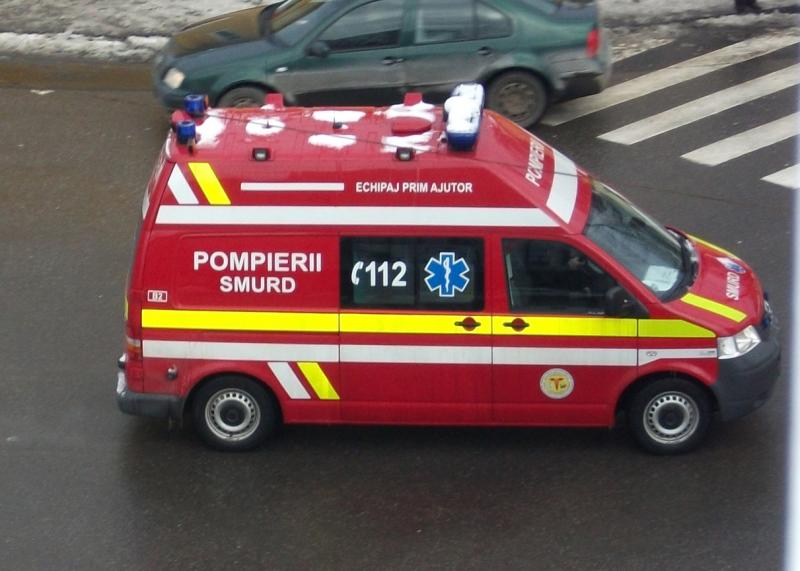 Sebeș – Intervenție spectaculoasă a pompierilor pentru salvarea a doi copii aflați în pericol de moarte (foto)