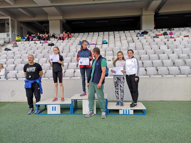 Atletă legitimată la CS Unirea Alba Iulia, locul 3 la etapa de zonă a Campionatului Național de copii