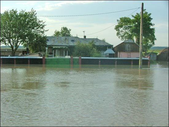Avertizare Cod Galben de inundații pe râurile din bazinul hidrografic al râului Mureș