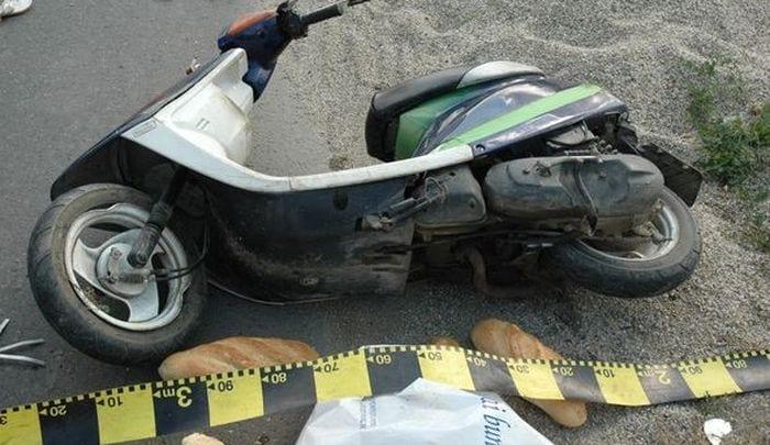 Sebeș – Un bărbat care conducea un motoscuter a ajuns la spital după ce a fost acroșat de un autoturism