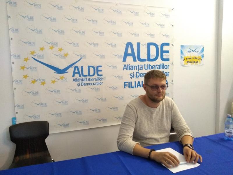 """Bogdan Ioan Lazăr: """"Consilierii ALDE Alba Iulia vor vota pentru revocarea viceprimarilor Gabriel Plașa și Paul Voicu"""""""