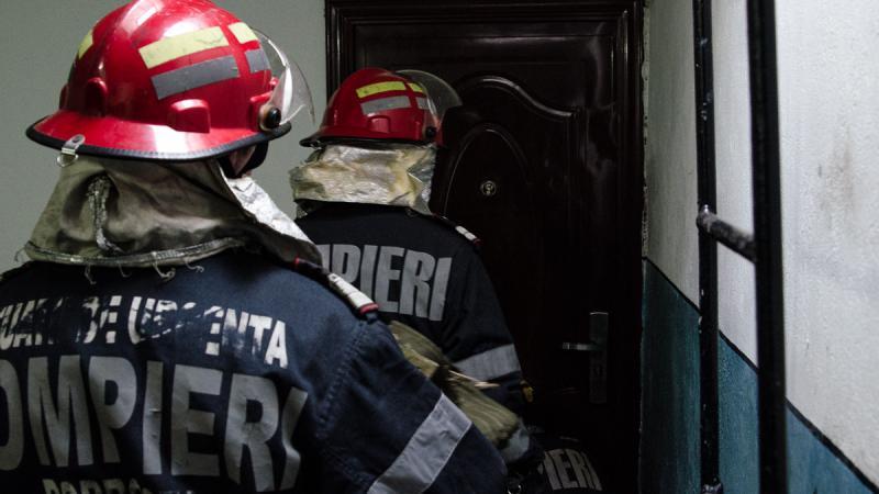 Alba Iulia – Un bărbat a fost găsit mort de pompieri într-un apartament pe strada Vasile Goldiș