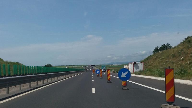 INFO TRAFIC – Circulaţia rutieră restricţionată pe anumite porţiuni a autostrăzii A1 între Deva și Sibiu