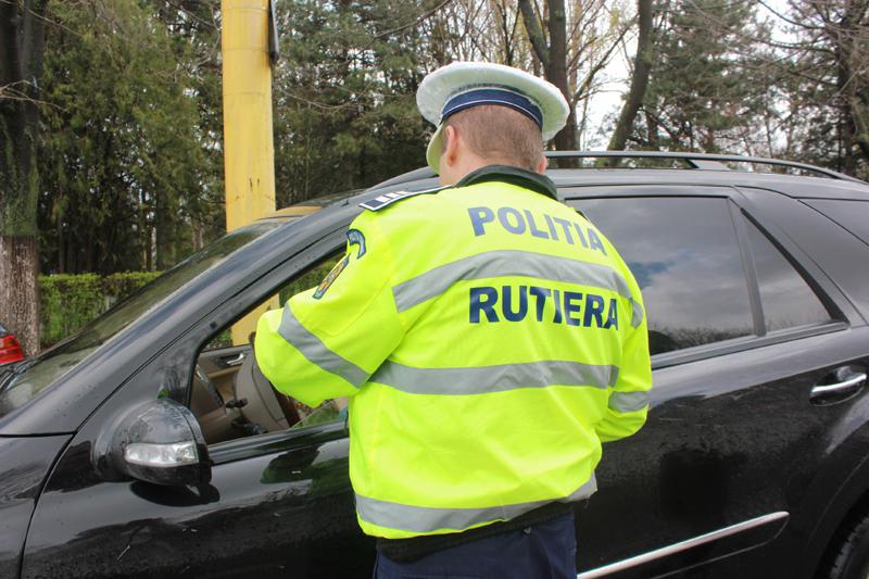 Tânăr din Veseuș, prins la volan de polițiștii rutieri din Blaj fără permis de conducere