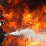 Un adăpost de animale din satul Ponor a luat foc în miez de noapte