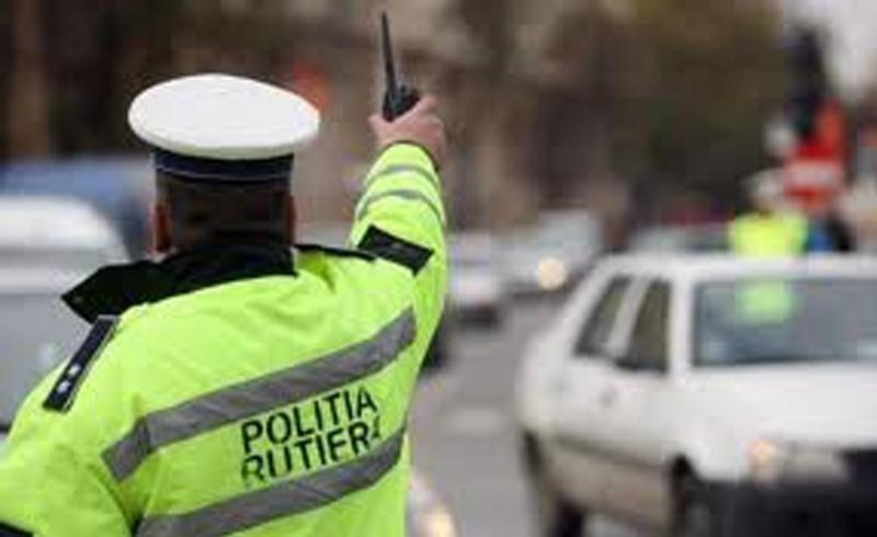 Blaj – Bărbat din Veseuș, cercetat penal pentru conducere fără permis și fals material  în înscrisuri oficiale