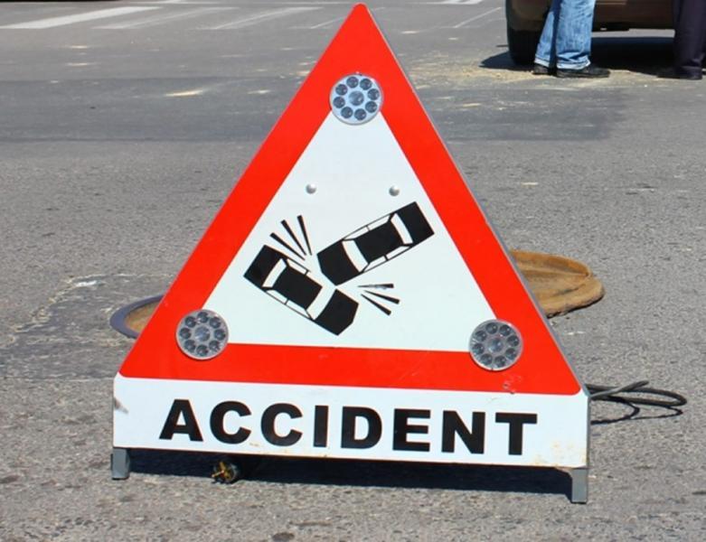 Sâncel – O șoferiță a fost rănită după ce a provocat un accident rutier!