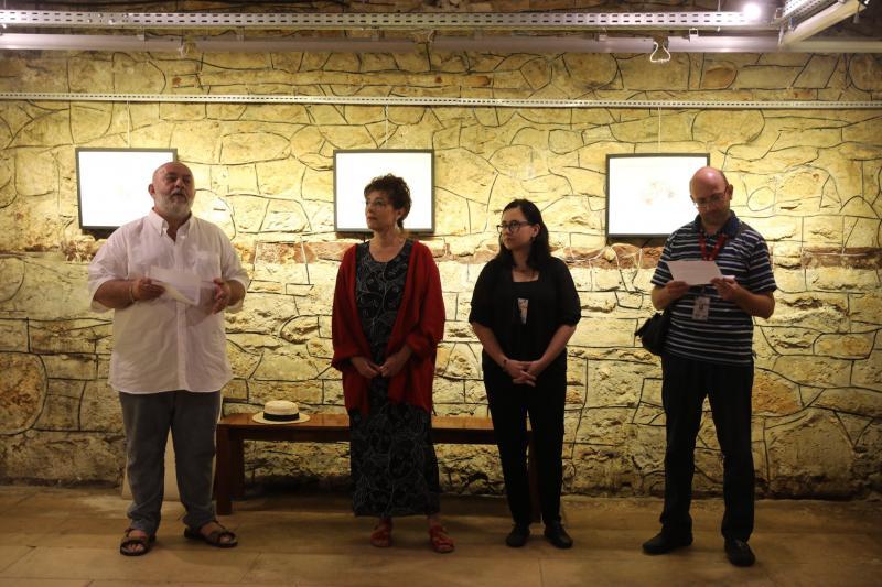 """Expoziţie de artă semnată de María Gloria Andrade din Ecuador, cu titlul: """"Zi de piață în Aiud"""""""