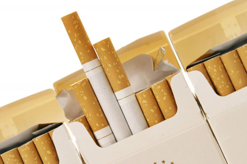Atenție fumători! Se scumpesc țigările!