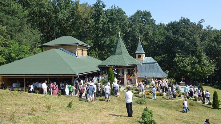 Eveniment – Pelerinaj la Sanctuarul Arhiepiscopal Major închinat Fecioarei Săracilor de la Cărbunari-Blaj