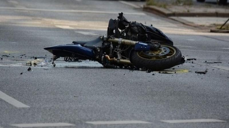 Tragedie! Un motociclist în vârstă de 26 de ani a murit pe DN 67 C