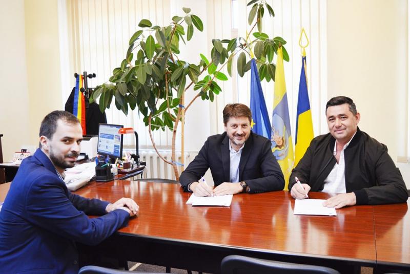 S-a semnat contractul de execuție a centurii ocolitoare a localităţii Vinerea