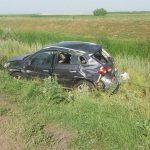 DN 67C - Un șofer în stare de ebrietate a ajuns cu mașina în șanț