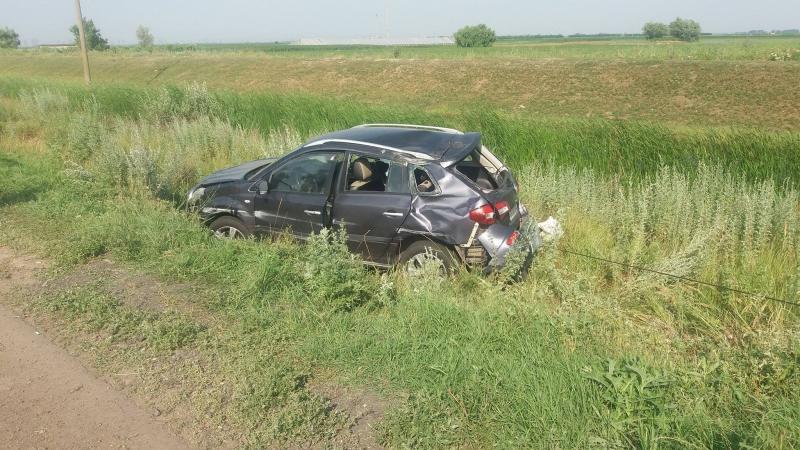 DN 67C – Un șofer în stare de ebrietate a ajuns cu mașina în șanț