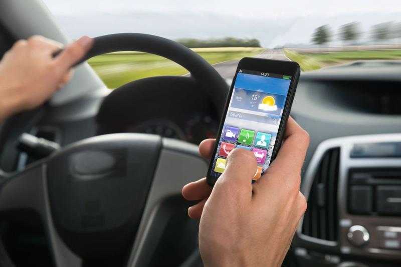 Alba – Acțiune de informare a conducătorilor auto în legătură cu modificările legislative referitoare la folosirea telefoanelor mobile
