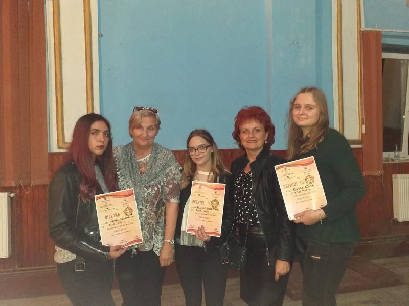 Noi premii obținute de cursanții Școlii de Arte și Meșteșuguri din județul Alba