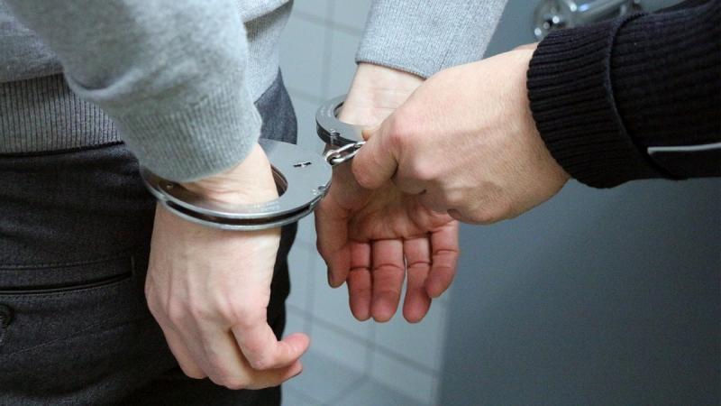 Bărbat de 49 de ani din Ciugud, reținut 24 de ore de polițiști pentru violență în familie