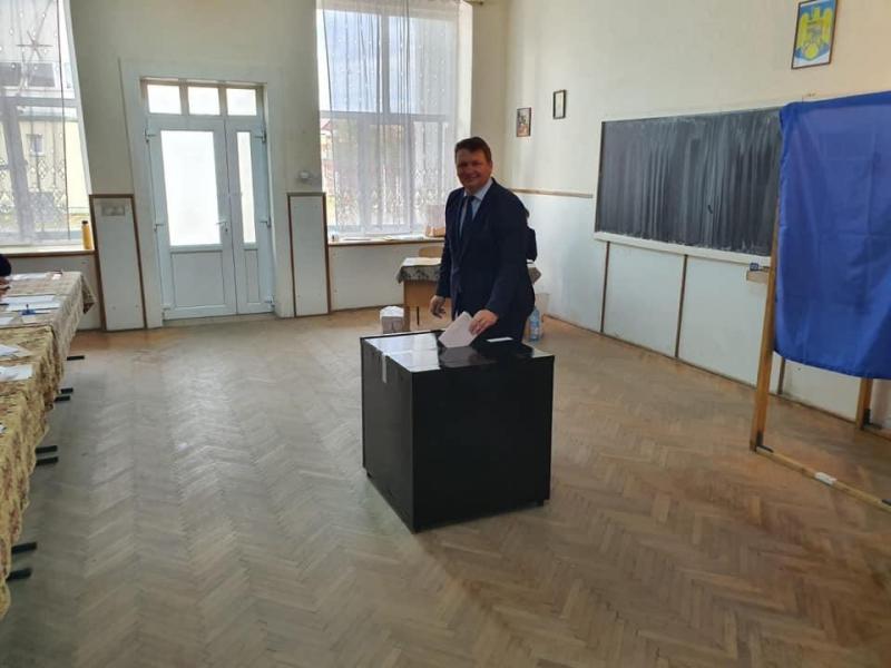 """Dorin Nistor, primarul Municipiului Sebeș: """"Eu am votat cu gândul la România normală."""""""