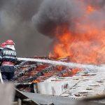 Alba Iulia - Intervenție a pompierilor pentru stingerea unui incendiu izbucnit la o casă din cartierul Micești