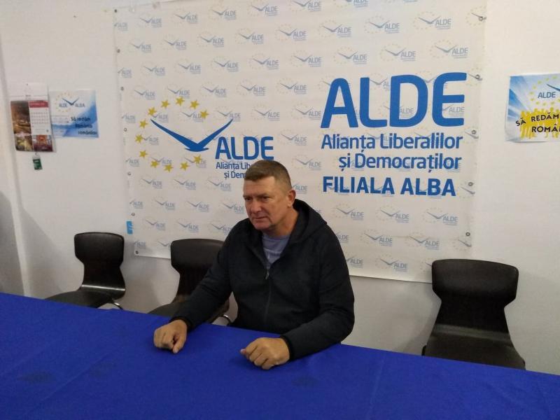 """Ioan Lazăr, președinte ALDE Alba:""""Nu mi-aș dori să fuzionăm, să ne """"corcim"""" cu cei din PNL, un partid care este un partid """"corcit"""" cu PD!"""""""