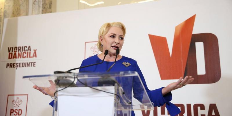 Record în politica românească – Viorica Dăncilă  a susținut o conferință de presă de peste 145 de minute
