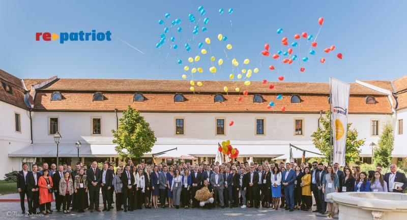 """Tema celei de-a patra ediții a conferinței """"Repatriot"""" găzduită de Alba Iulia: """"Unirea de astăzi pentru tinerii de mâine!"""""""
