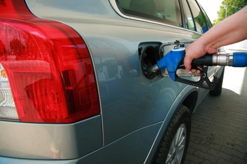 Teiuș – O șoferiță din Sălaj a alimentat autoturismul cu carburant și a plecat fără să plătească