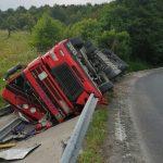 Tragedie! Șoferul unui camion a murit în zona carierei Geomal