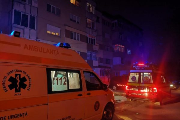 Alba Iulia - Trei persoane au ajuns la spital după ce s-au intoxicat cu monoxid de carbon (foto)