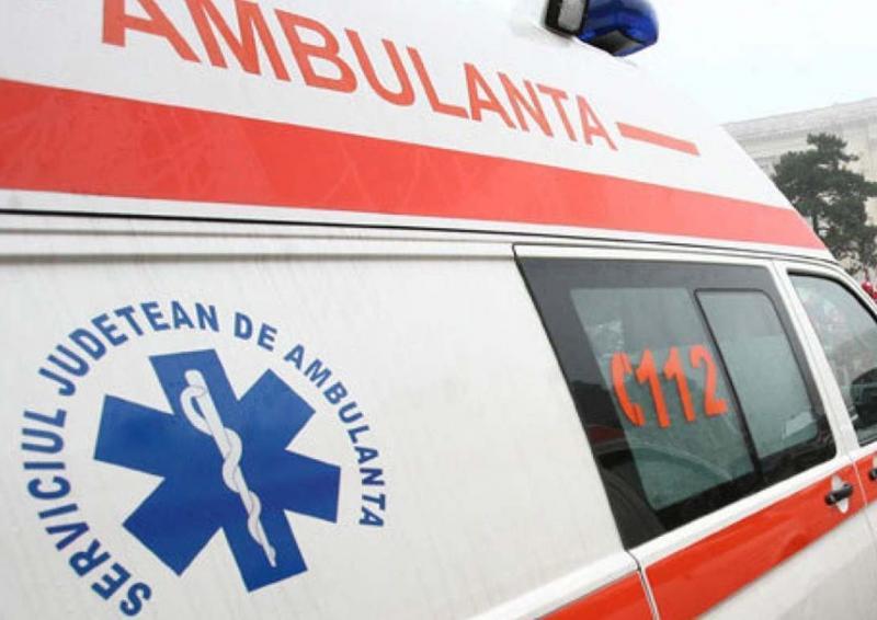 Ighiu – Un bărbat a ajuns la spital după ce fiul său l-a lovit în cap cu un obiect metalic