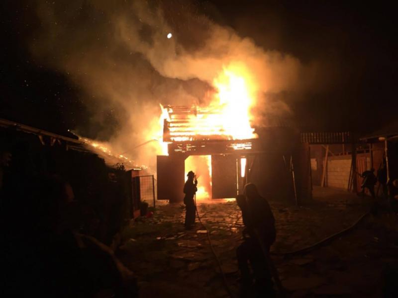 Cîmpeni – O casă și două anexe gospodărești au fost distruse în urma unui incendiu care a avut loc în cătunul Bălești