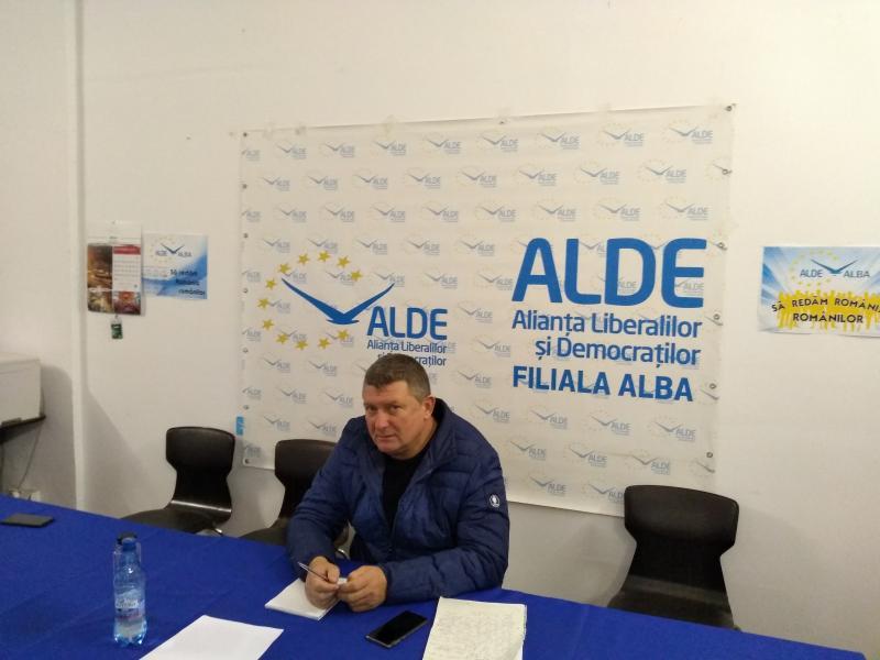 """Ioan Lazăr, președinte ALDE Alba:""""Am văzut zilele astea o cerere în căsătorie politică"""""""