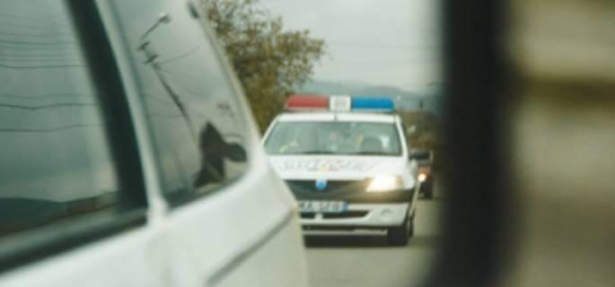 Cîmpeni – Urmărire ca în filme pentru prinderea unui șofer care nu a oprit la semnalul unei patrule de poliție