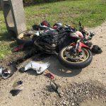 Alba Iulia - Un motociclist a ajuns la spital după ce s-a izbit cu motocicleta de un cap de pod