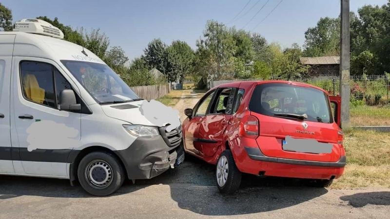 Accident rutier – Coliziune între două autovehicule pe strada Al.I. Cuza din Alba Iulia