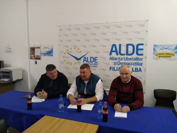 """Ioan Lazăr, președinte ALDE Alba: """"Domnul Ludovic Orban joacă la cacealma împreună cu domnul Ciolacu"""""""