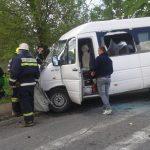 Accident rutier - Un autoturism s-a ciocnit cu un microbuz între Lancrăm și Alba Iulia