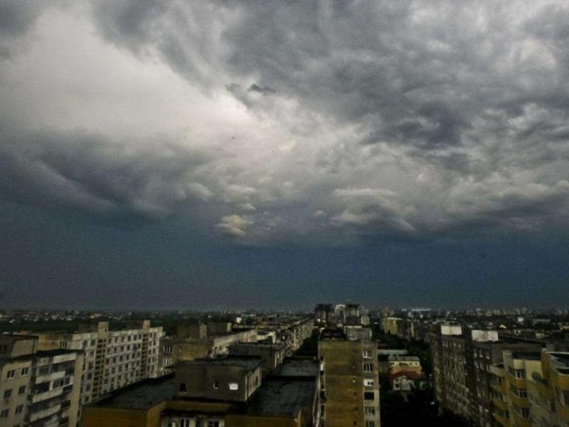 ANM – Avertizare de  instabilitate atmosferică pentru cea mai mare parte a țării