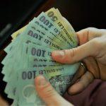Stimulent financiar acordat de stat pentru angajații  centrelor de îngrijire care au stat în carantină